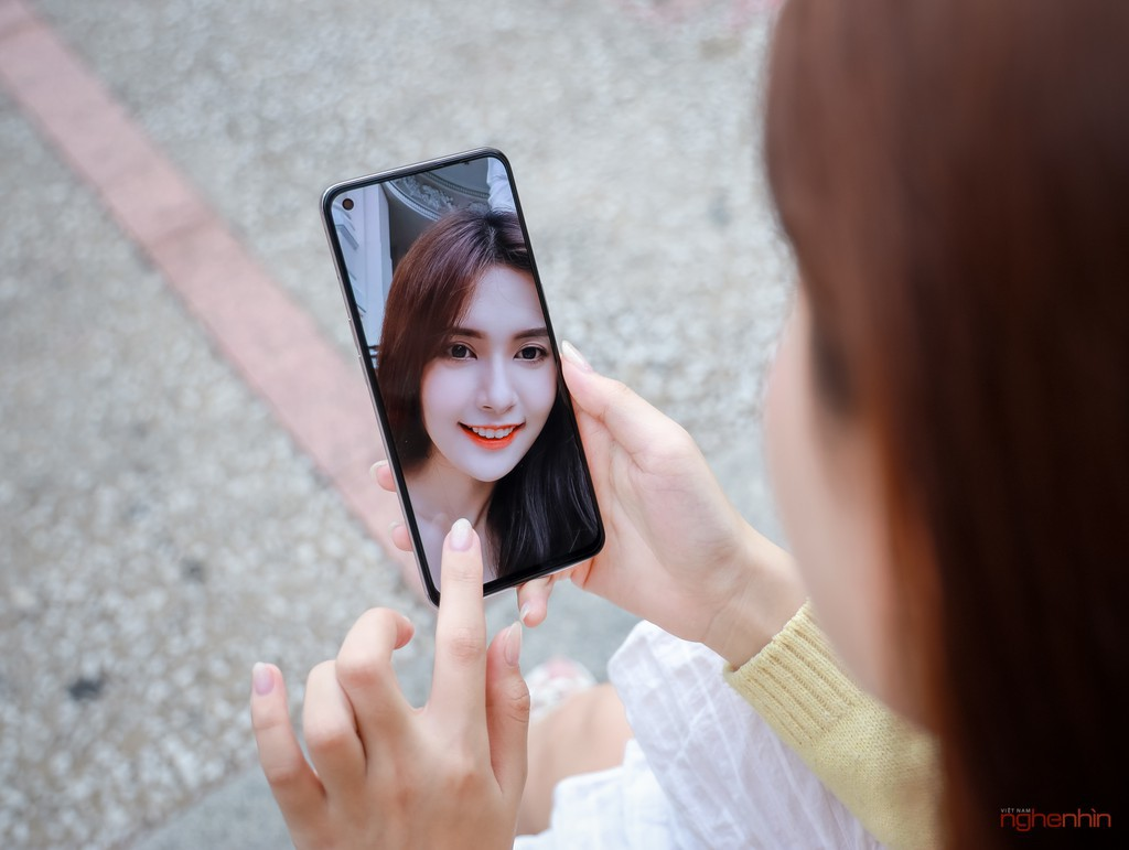Chọn smartphone nào ngon, bổ, giá đẹp để chơi Tết? ảnh 5