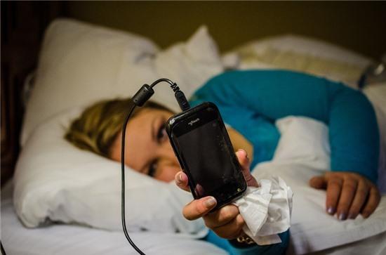 5 sai lầm khi sạc điện thoại