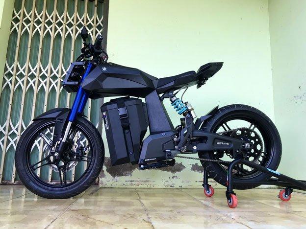 Xe điện của sinh viên Trà Vinh Phạm Lâm Vũ đã lấy ý tưởng dựa trên bản vẽ của BMW HP Kunst Hydrogen