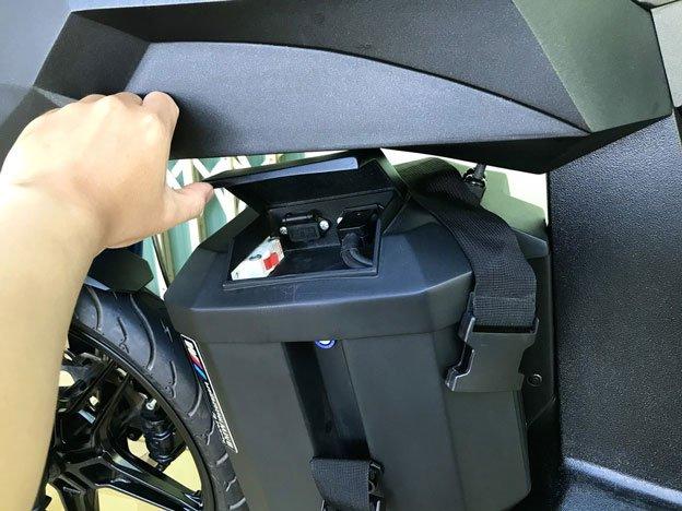 Xe Alita được dùng viên pin lithium-ion khá nhỏ gọn