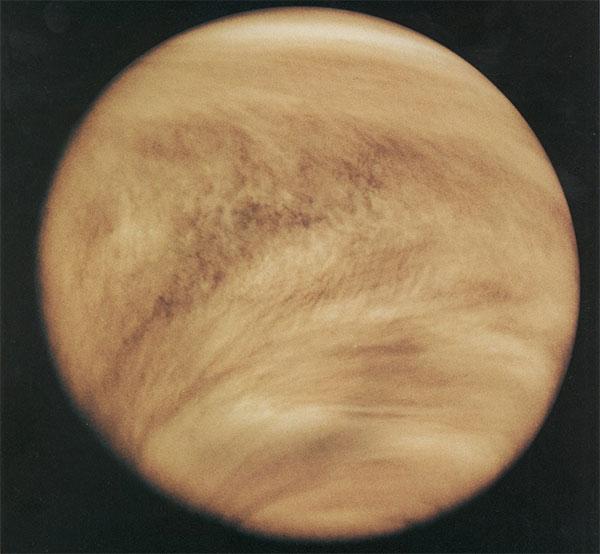Khí quyển sao Kim chụp năm 1979 qua bước sóng tử ngoại từ tàu Pioneer Venus Orbiter.