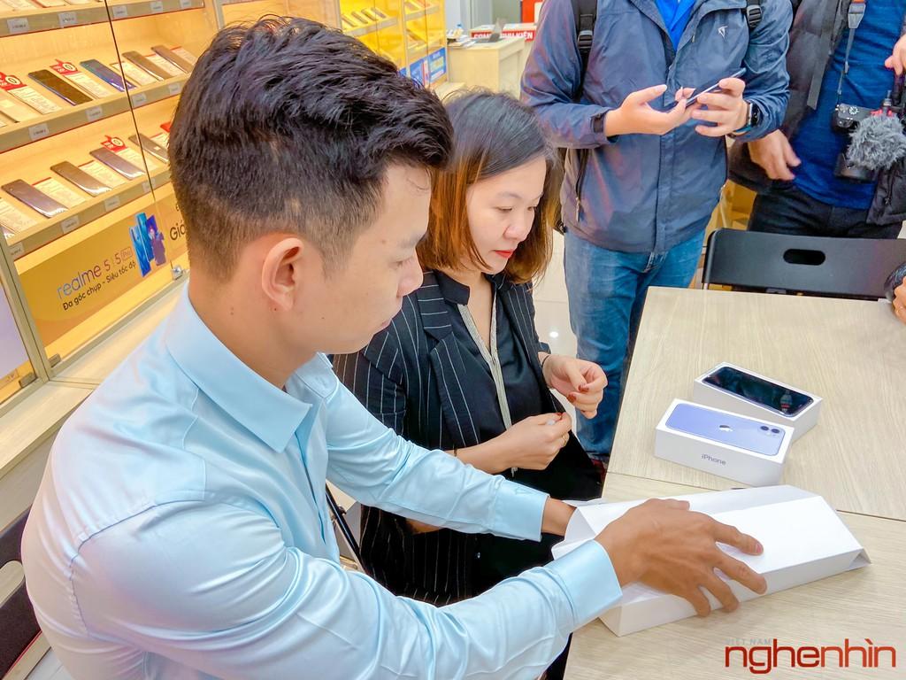 FPT Shop chính thức mở bán bộ 3 iPhone 11 chính hãng kèm nhiều ưu đãi ảnh 6