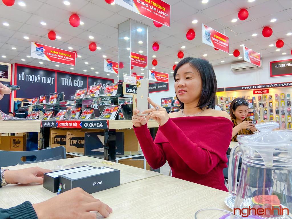 FPT Shop chính thức mở bán bộ 3 iPhone 11 chính hãng kèm nhiều ưu đãi ảnh 10
