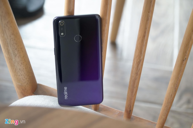 Nhieu smartphone giam gia manh dau nam 2020 tai Viet Nam hinh anh 5 DSC02031_zing.jpg