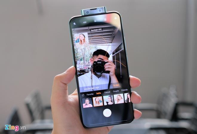 Nhieu smartphone giam gia manh dau nam 2020 tai Viet Nam hinh anh 6 V17_Pro_zing_4.jpg