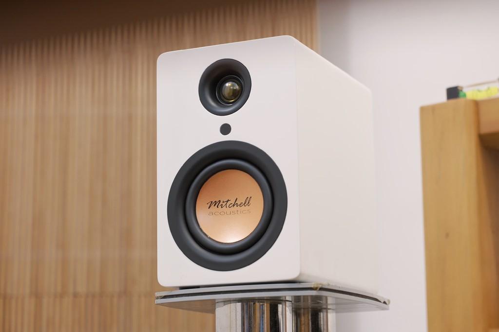 Mitchell Acoustics uStream One, loa true wireless nhỏ gọn, chất âm tròn chuẩn Anh Quốc  ảnh 11