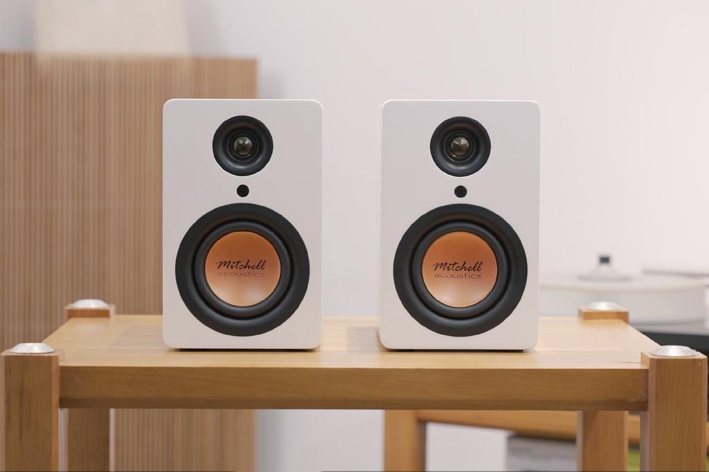 Mitchell Acoustics uStream One, loa true wireless nhỏ gọn, chất âm tròn chuẩn Anh Quốc  ảnh 4