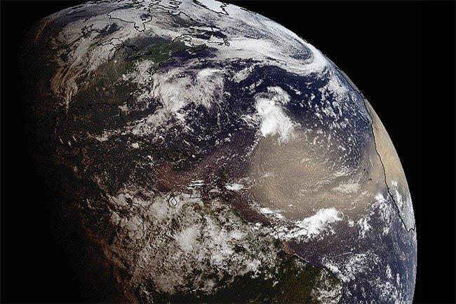 Những cơn bão bụi vượt Đại Tây Dương đã giúp đất đai châu Mỹ màu mỡ hơn.