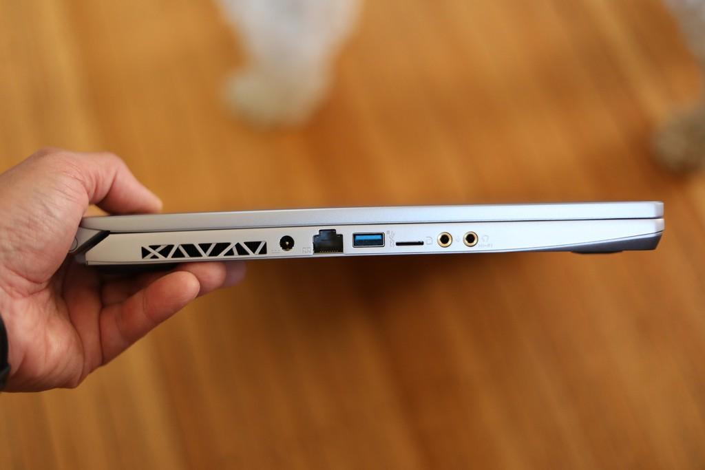 MSI Creator 17 lên kệ: laptop màn hình Mini LED đầu tiên, giá 3.256 USD ảnh 4