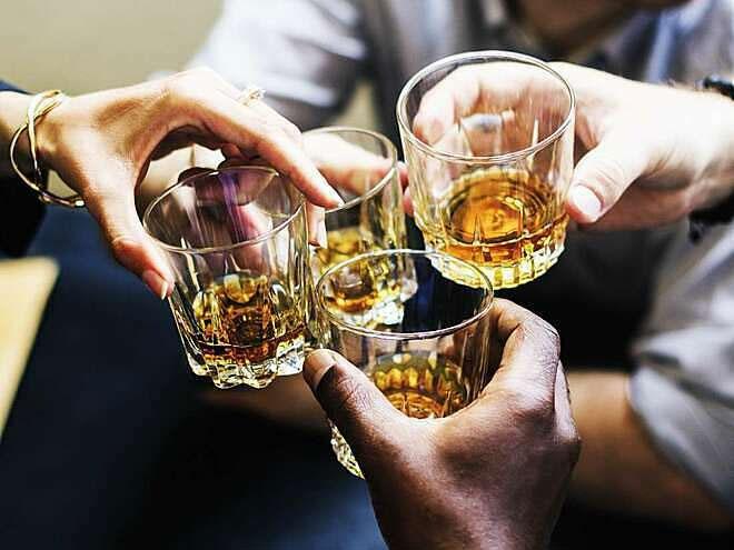Tốc độ chuyển hóa rượu trong máu ở mỗi người khác nhau, phụ thuộc vào tuổi, cân nặng, bệnh lý...