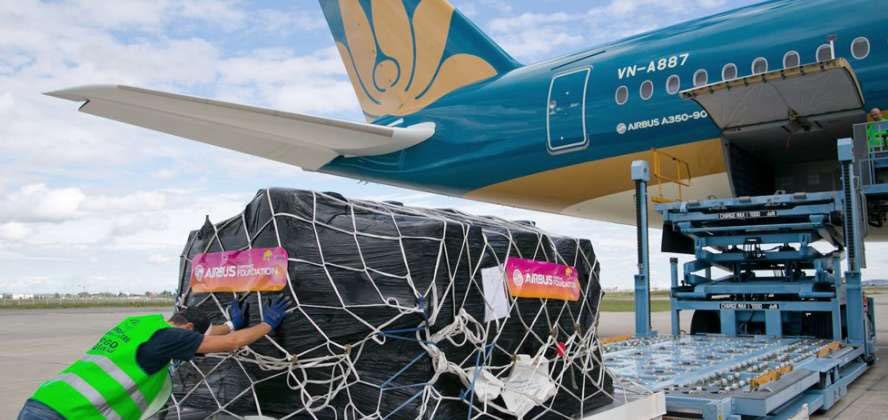 Chuyến bay chuyên chở hàng hóa, bưu gửi cho VietnamPost có tần suất 1 ngày/ chuyến