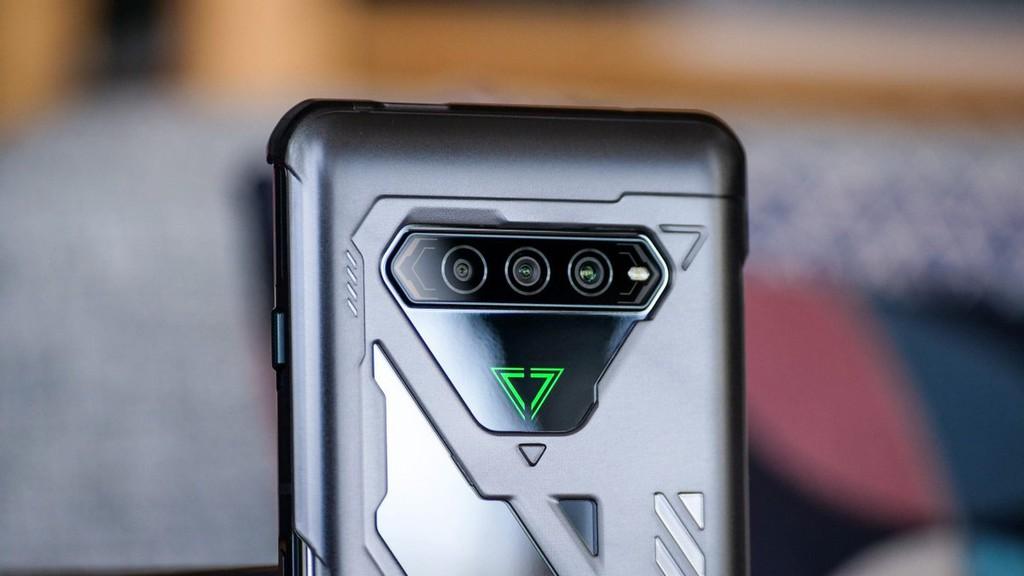 Top 10 smartphone mạnh nhất tháng 5/2021: Không ai cao hơn Black Shark 4 Pro ảnh 1