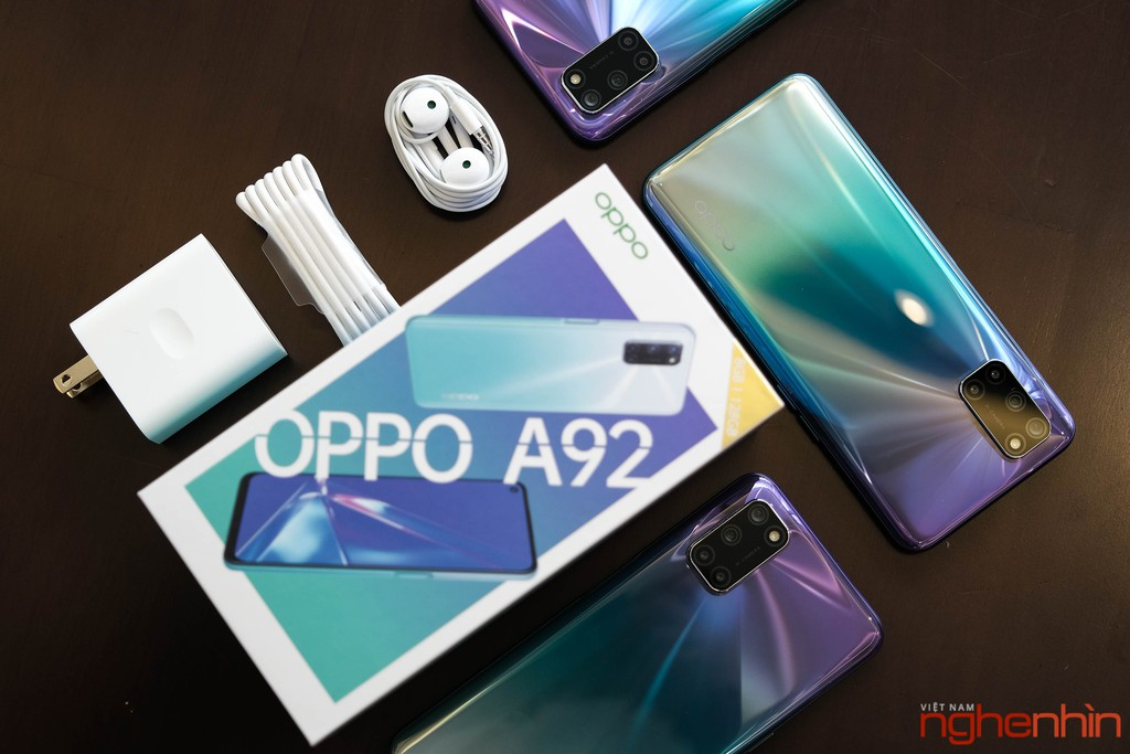 """Khui hộp Oppo A92 """"Tím cá tính"""", màu sắc mới giá không đổi ảnh 1"""