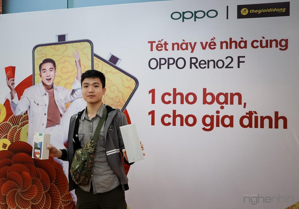 Mỗi người một câu chuyện, háo hức chờ đón mang về OPPO Reno2 F dành tặng gia đình trong dịp Tết 2020 ảnh 5