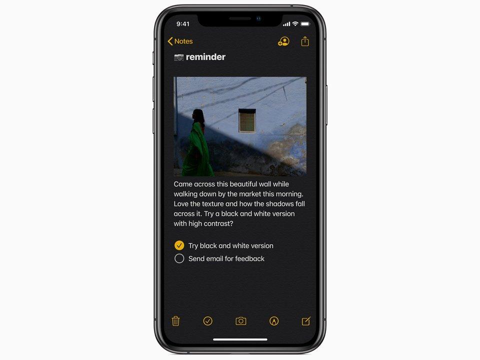 iPhone thay đổi gì khi dùng chế độ nền tối của iOS 13?