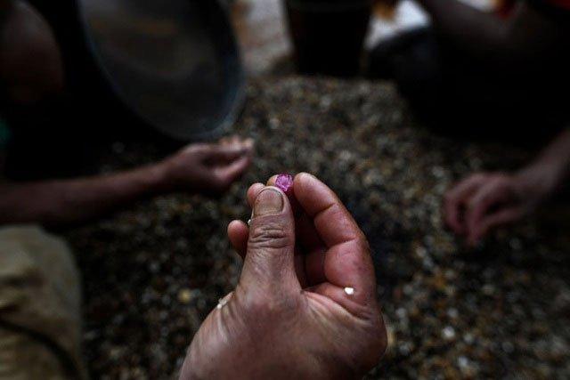 Myanmar sản xuất khoảng 70% lượng ngọc bích toàn cầu