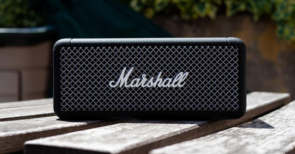 Marshall ra mắt loa di động cầm tay Emberton, vẫn nét cổ điển, âm trầm ấm, giá 149USD  ảnh 2