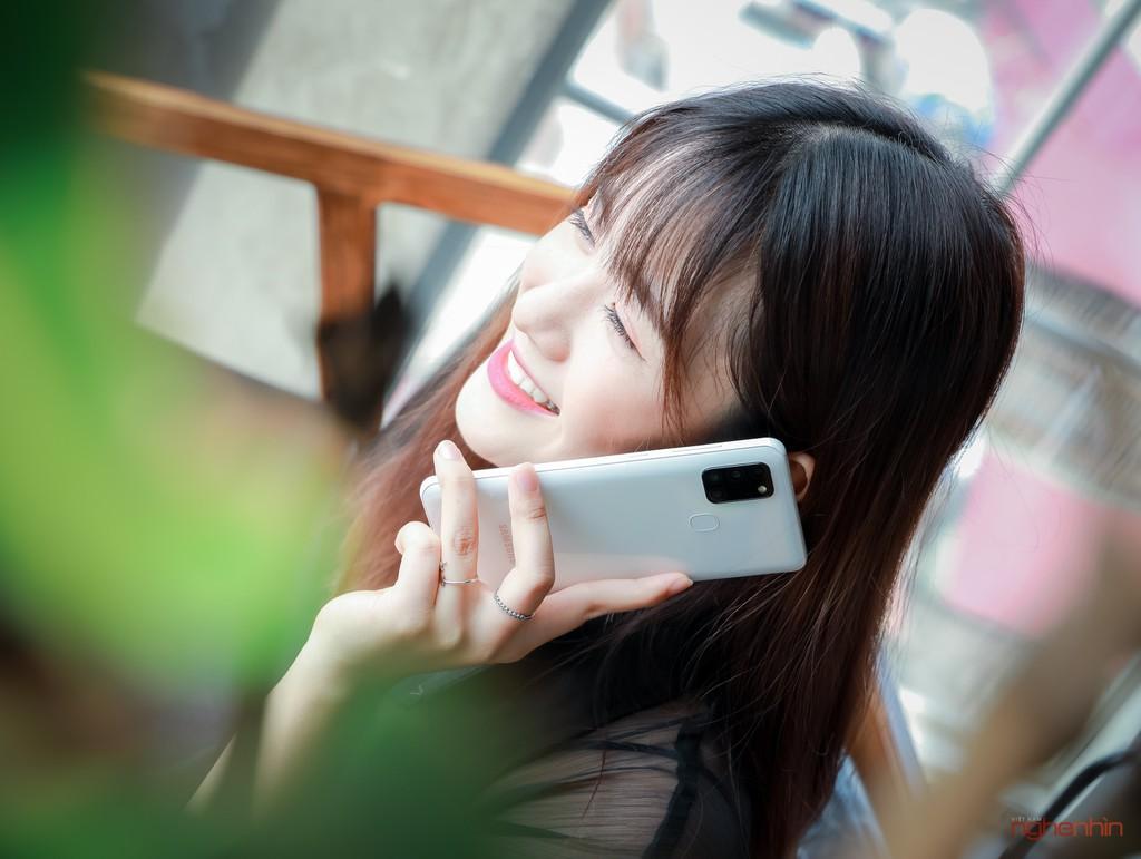 Trên tay smartphone giá rẻ Galaxy A21s nhưng có 4 camera, pin 5.000 mAh  ảnh 9