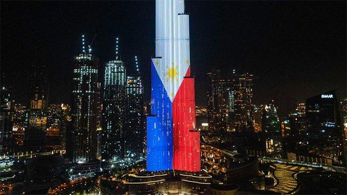 Hình ảnh quốc kỳ Panama, Philippines trong ngày độc lập của các quốc gia này.