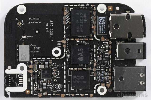 Tại sao hầu hết bảng mạch in lại có màu xanh lá cây trong khi của Apple lại màu đen?