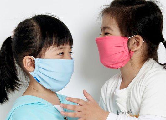 Trẻ em dễ mắc bệnh viêm họng cấp khi thời tiết thay đổi