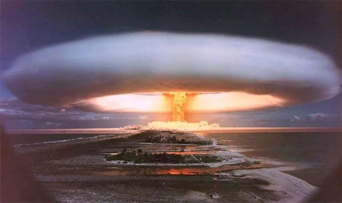Một vụ nổ hạt nhân có những đặc điểm riêng, rất dễ phân biệt và nhận biết.