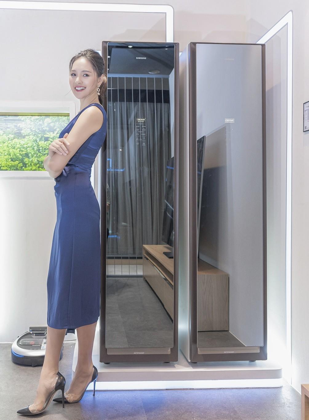 Samsung ra mắt tủ chăm sóc quần áo thông minh AirDresser giá 50 triệu ảnh 2