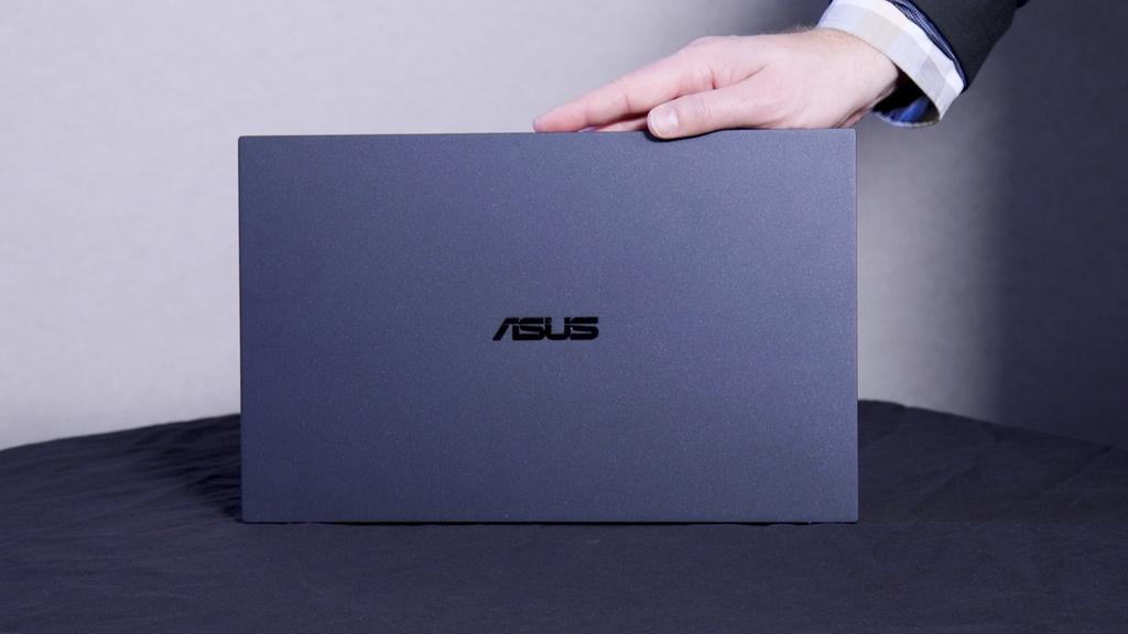 Top laptop ấn tượng cho doanh nghiệp ảnh 11