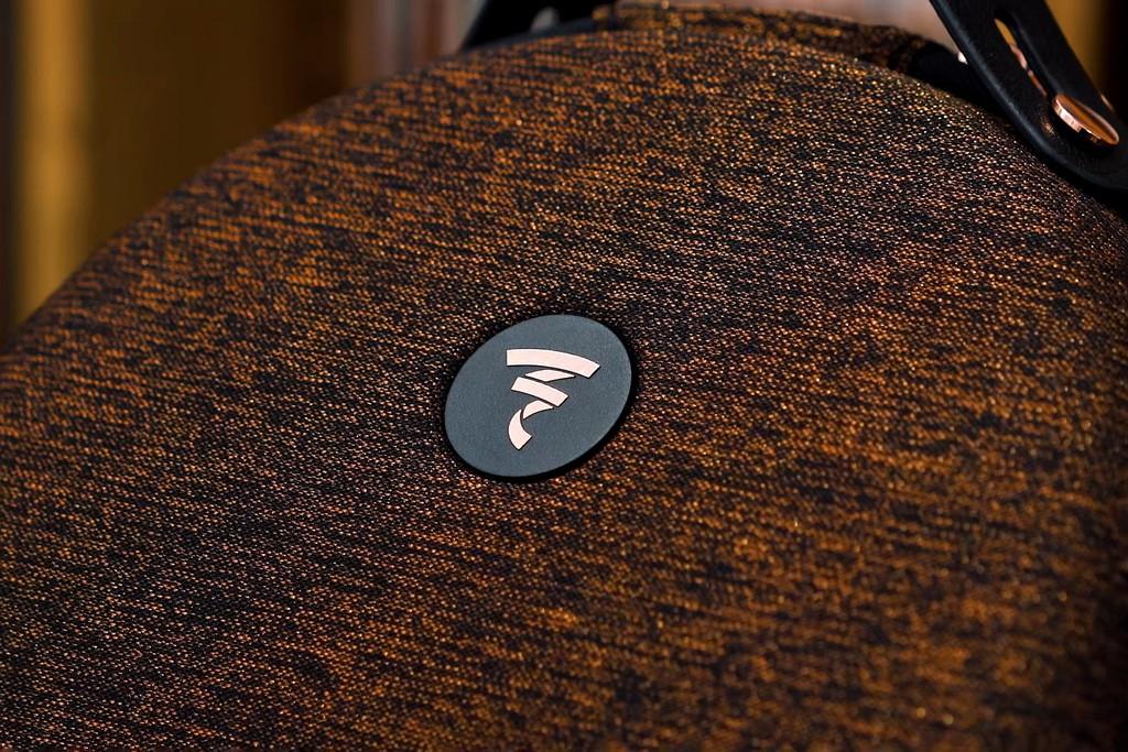 Trên tay Focal Radiance phiên bản Bentley - Headphone hi-end chế tác theo tiêu chuẩn siêu sang ảnh 4