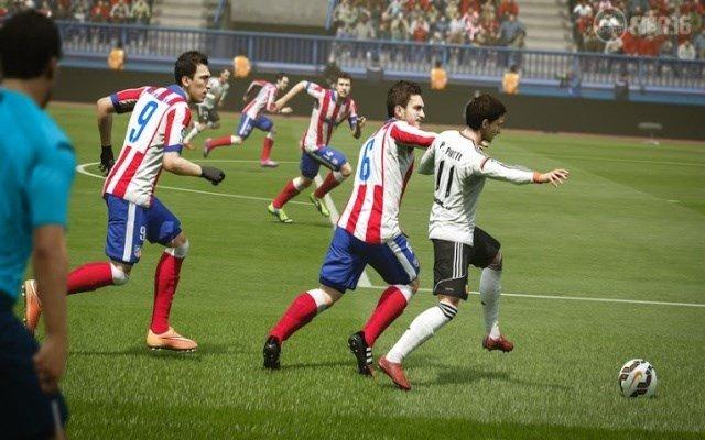 Các cầu thủ bóng đá trung bình chạy 9,65 km trong mỗi trận đấu.