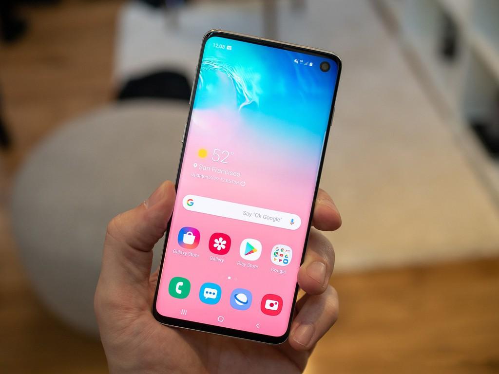 """Tin đồn: Samsung có thể """"ngừng bán"""" Galaxy S10, Note10? ảnh 1"""