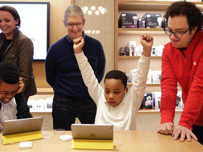Tong giam doc Apple su dung khoi tai san 625 trieu USD nhu the nao hinh anh 14