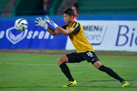 U23 Myanmar mac ao cong nghe cao, tap cung day khang luc hinh anh 8