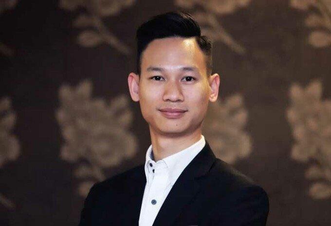 Chàng trai lỡ hẹn đưa người Việt bay lên tầng bình lưu