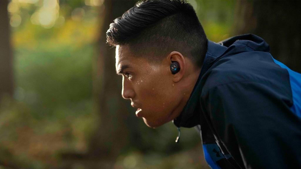 JBL Live 300TWS – Có chống ồn, lần đầu tiên tích hợp tối ưu âm thanh cá nhân ảnh 4