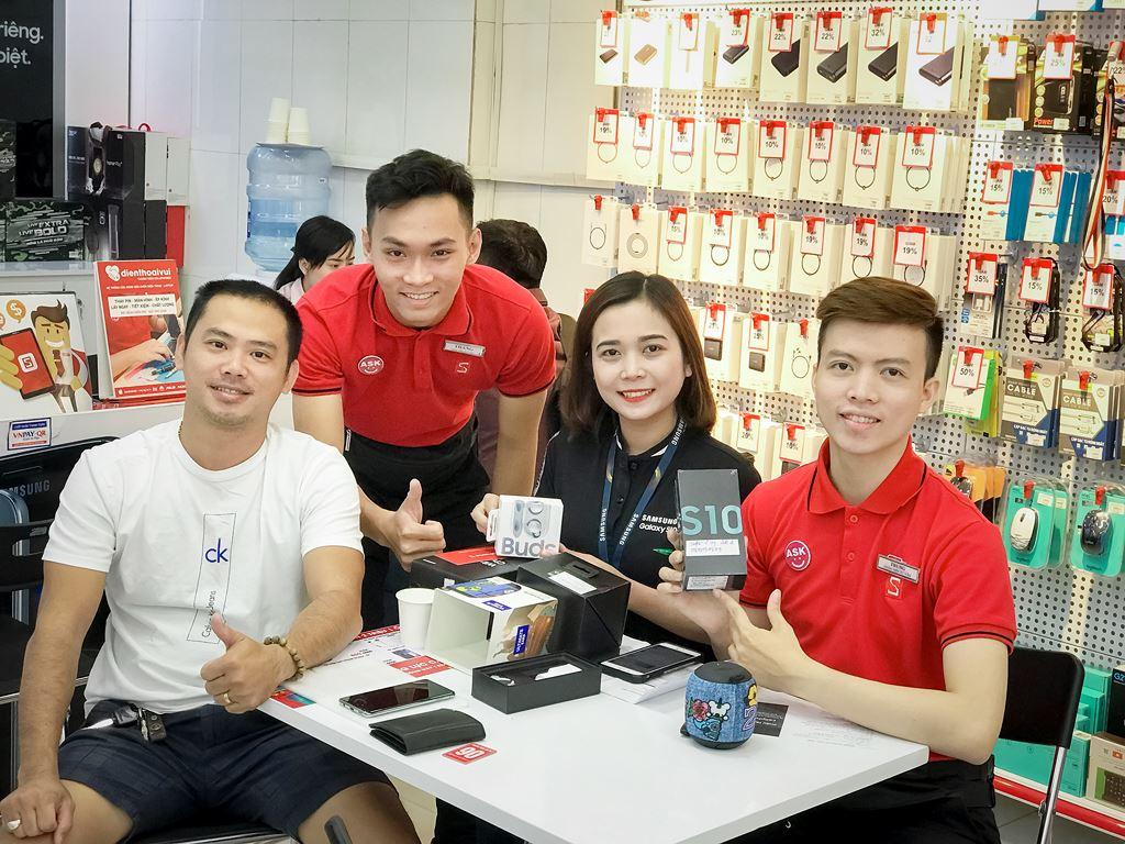 Galaxy S10/S10+ bán chạy nhất trong lịch sử dòng Galaxy S tại Việt Nam ảnh 4
