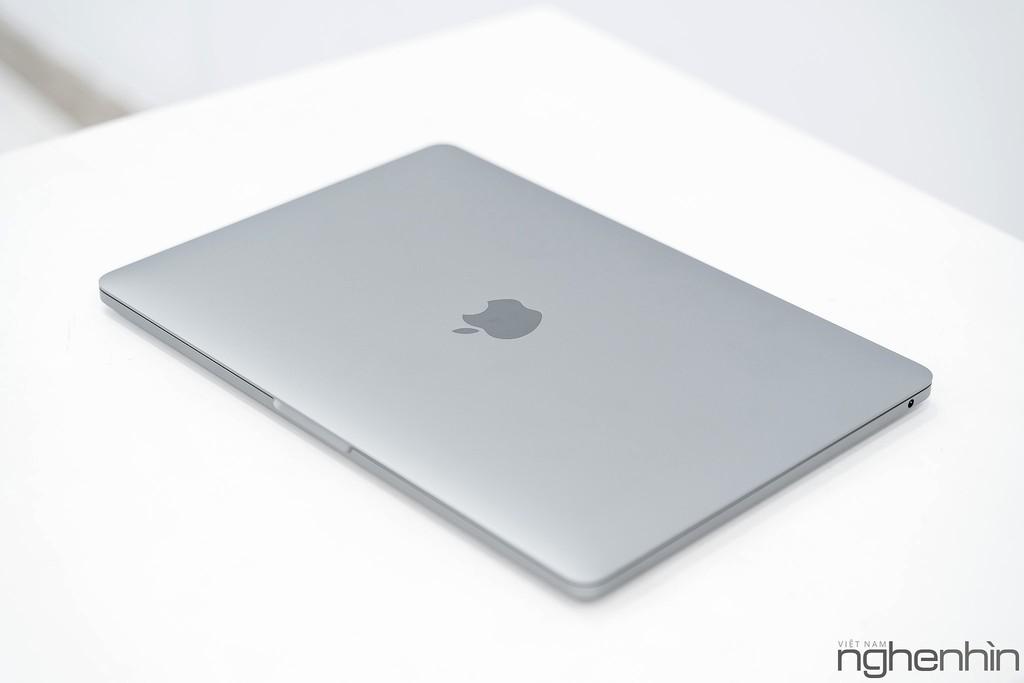 Trên tay Macbook Pro 2020 13 inch tại Việt Nam, giá hơn 41 triệu! ảnh 1
