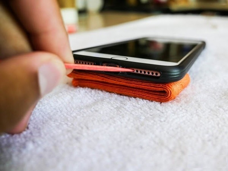 Meo don gian tri ngay iPhone bi do man hinh-Hinh-3