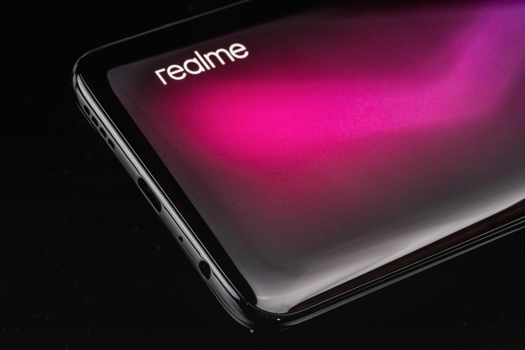 Trên tay Realme 6 Pro: mặt lưng ấn tượng, camera selfie kép, giá 8 triệu ảnh 4