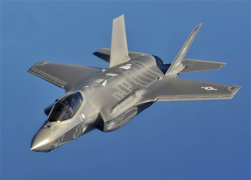 Goi nang cap moi giup F-35 vut tro thanh 'ba chu bau troi'