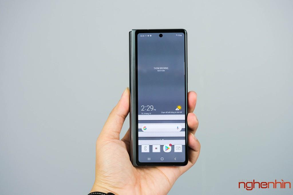 Trên tay Galaxy Z Fold 2 Thom Brown đầu tiên tại Việt Nam giá 120 triệu đồng ảnh 4