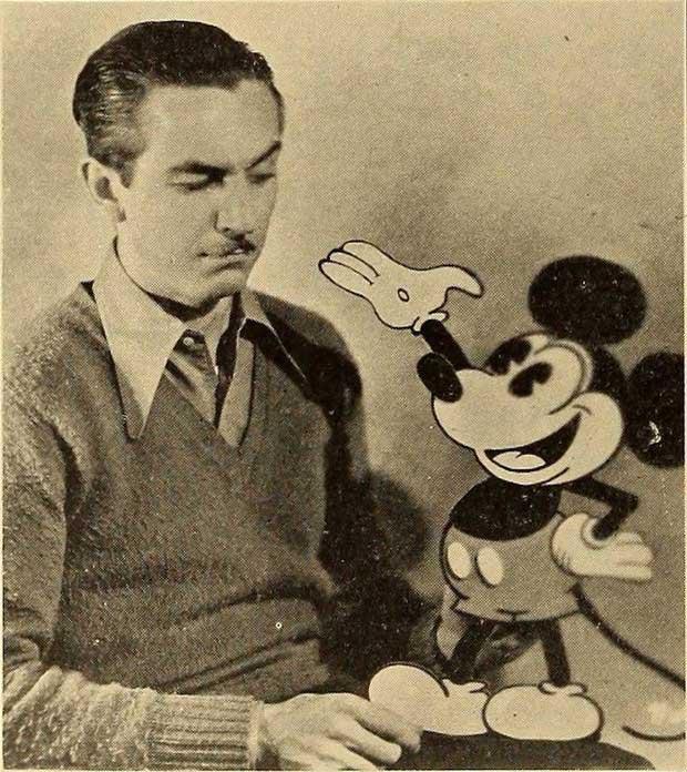 Nhà làm phim hoạt hình nổi tiếng Walt Disney và chú chuột Mickey.