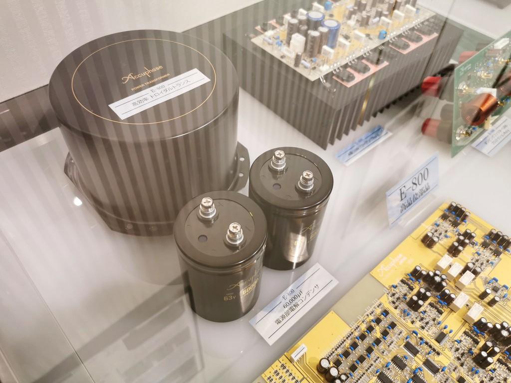 Ảnh thực tế đầu tiên của E-800, ampli Class A kỷ niện 50 năm được fan Accuphase mong chờ từng ngày ảnh 4