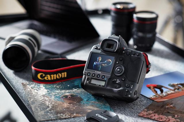 Canon ra mắt máy ảnh full-frame đầu tiên có khả năng quay 4K không crop - 2