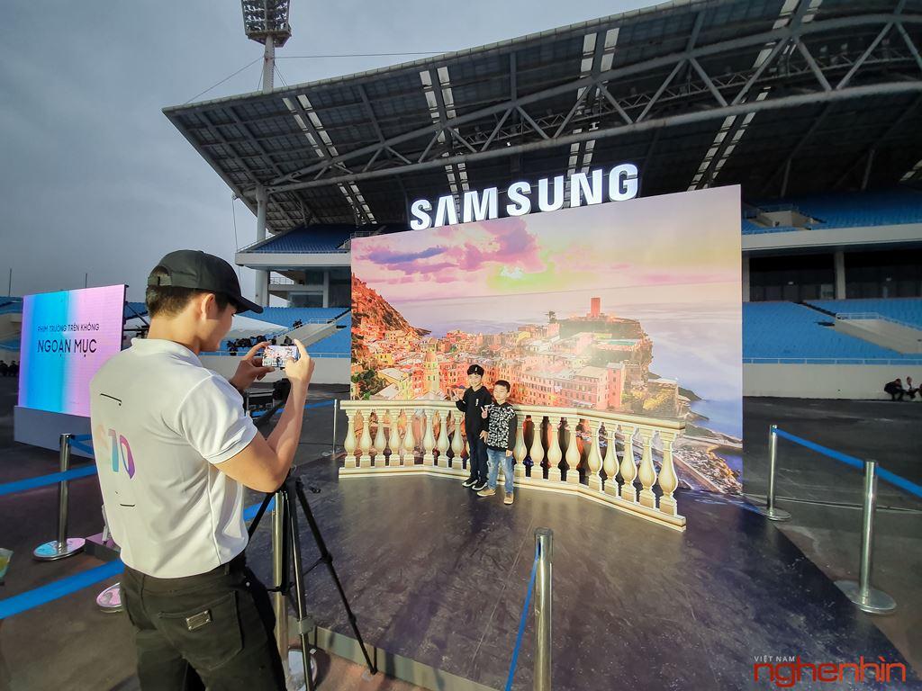 Những dấu ấn khó quên tại đại nhạc hội công nghệ chào đón Galaxy S10 ảnh 6