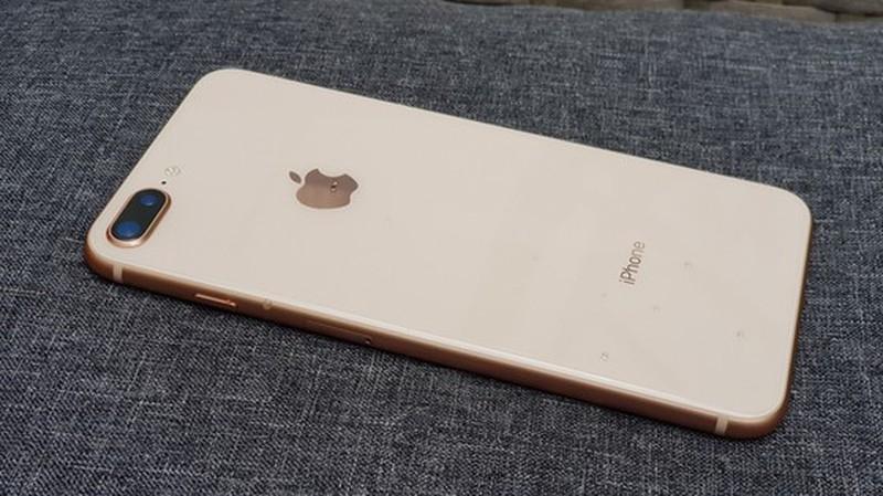 iPhone 8 Plus giam gia 1,5 trieu dong dau thang 4