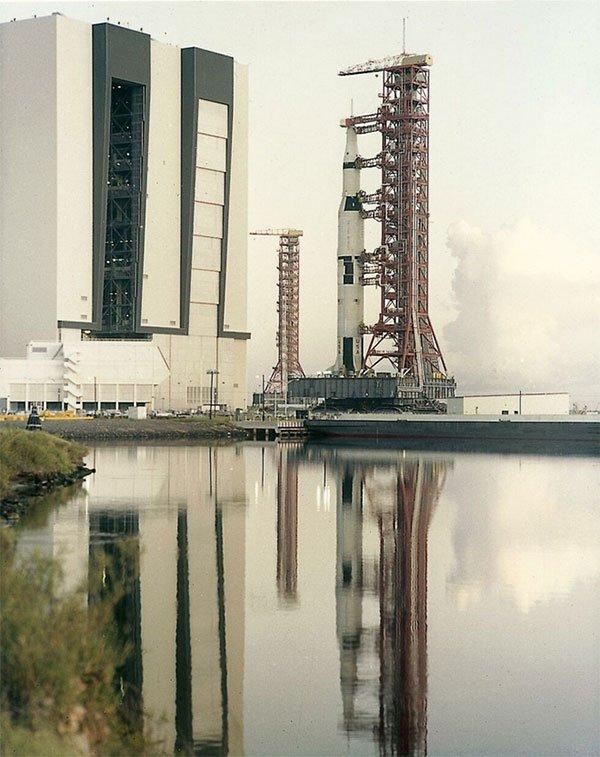 Một tên lửa trong sứ mệnh Apollo IV năm 1967.