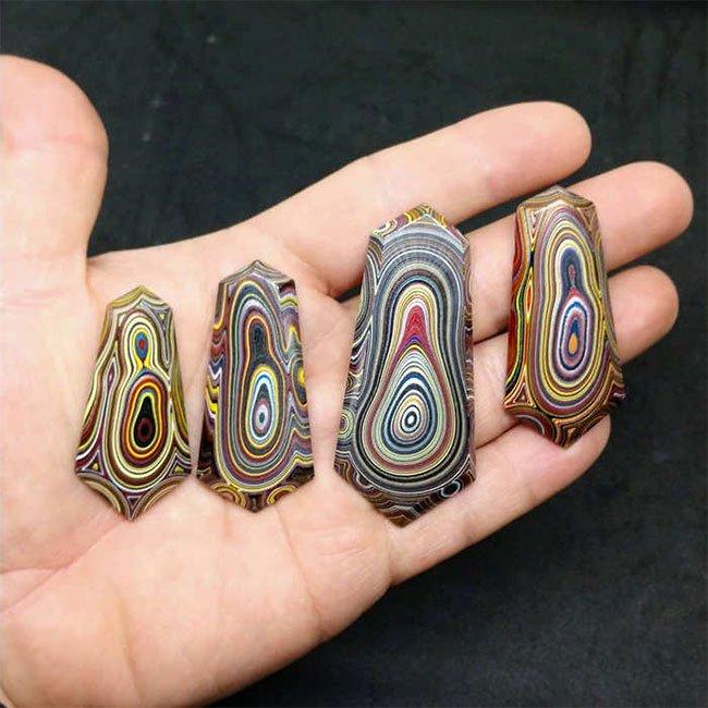 Các viên đá mã não Detroit hiện tại thực sự là những món đồ trang sức quý giá thực sự