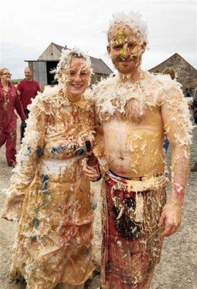 Ở Scotland, phong tục cưới hỏi ở nước này gắn liền với những thứ bốc mùi
