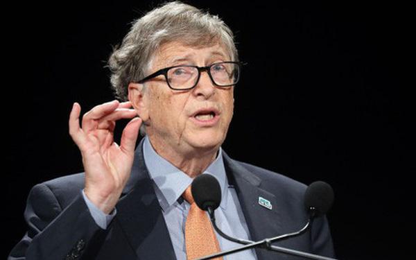Tỷ phú Bill Gates: Thật ngu ngốc khi họ từng đồn tôi phát tán virus và điều chế vắc xin để cấy microchip theo dõi người khác - Ảnh 1.